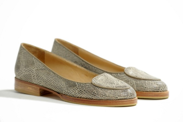 ZAPATO CORAZON BEIGE - Camelia Shoes