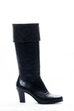 BOTA MAGIC NEGRA 36 - comprar online