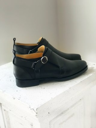 BOTA BOB NEGRA - Camelia Shoes