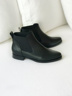 BOTA NEW ALELI NEGRA 35 - Camelia Shoes