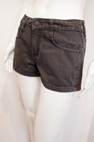 SHORTS JEANS ESCURO [P]