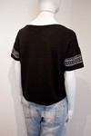 CAMISETA CROPPED ESTAMPA TRIBAL [G]