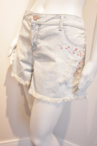 SHORTS JEANS COM BORDADO [G]