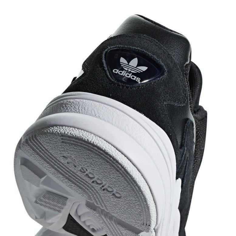 Adidas Falcon Negras - Comprar en JMJ Market