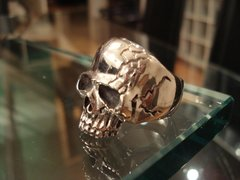 Anillo Calavera Keith en internet