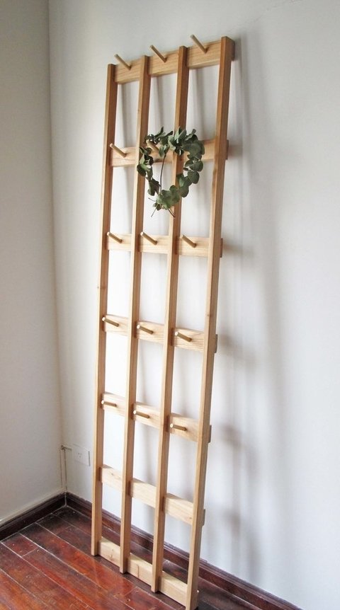 Perchero de pared de madera maciza