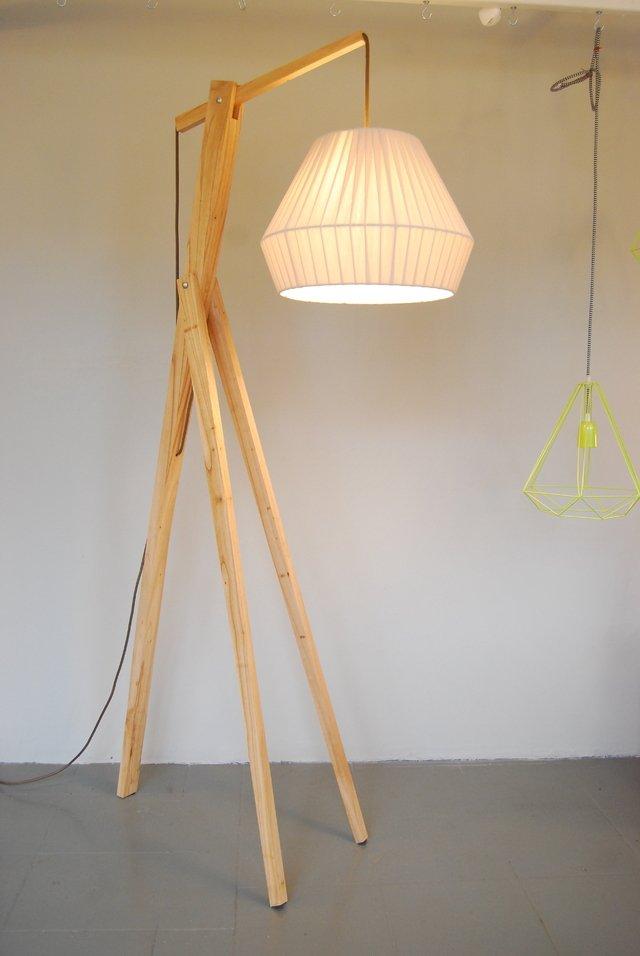 Pie madera lampara diamante hilera chica crudo piso - Lampara de pie madera ...