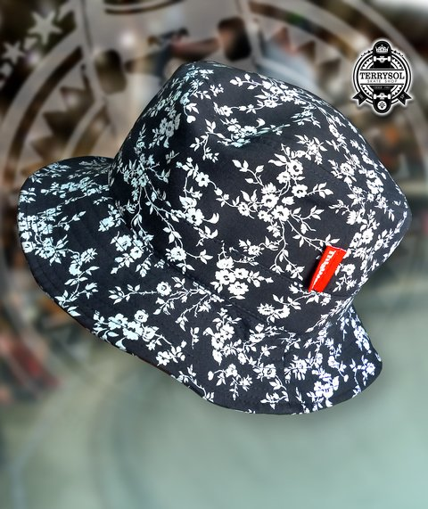 BUCKET HAT FLORAL - THIS WAY