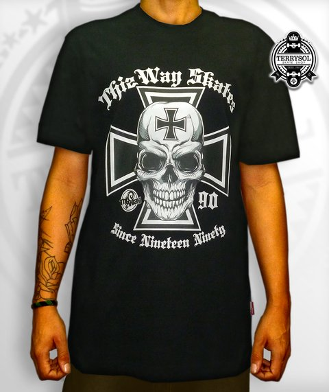 Camiseta SKULL 90 - This Way - comprar online