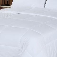 Acolchado Simil Plumon Reversible King Size Kavanagh Color Blanco