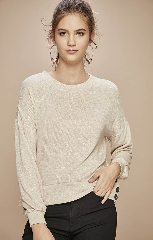 K527 Sweater	Connie