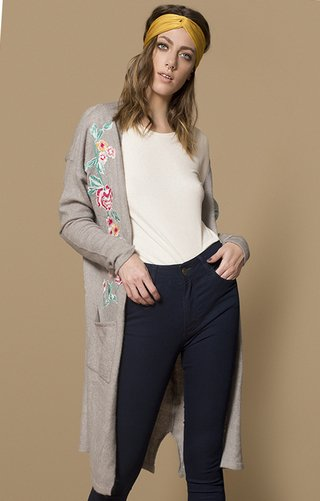 I565	Cardigan bordado 	Katia