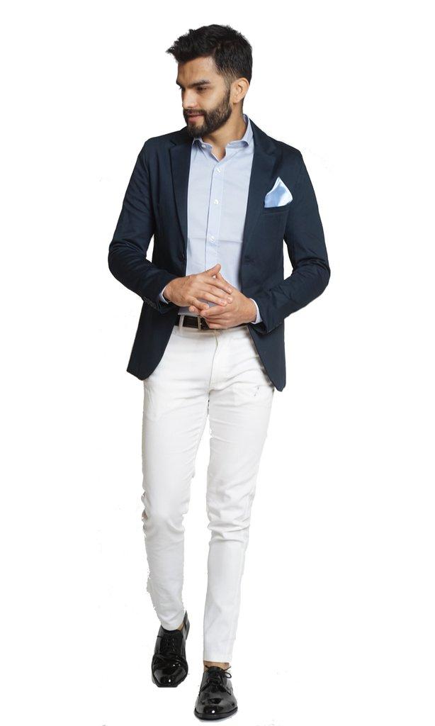 820e0767 Saco azul+chupin blanco+camisa celeste+zapatos y cinto charol negro+pañuelo  a tono