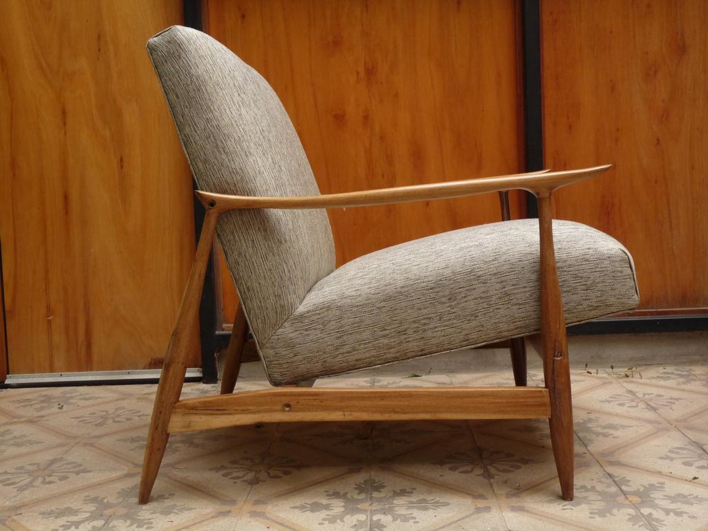 Sill n escandinavo retroactiva muebles recuperados for Muebles escandinavos online