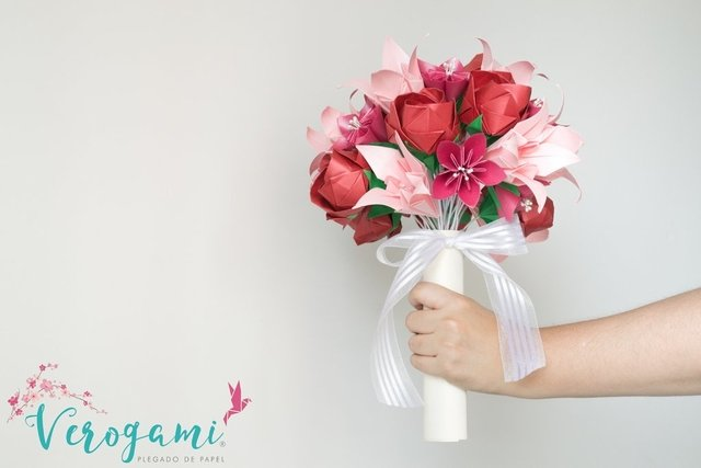Bouquet de Flores - Red and Pink en internet