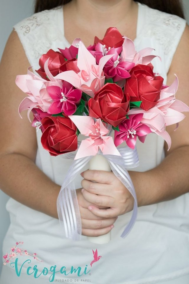 Bouquet de Flores - Red and Pink - comprar online