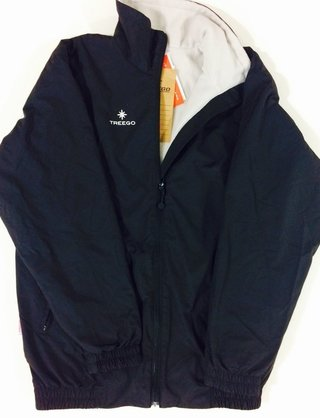 Campera impermeable de polar