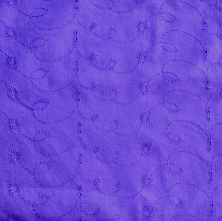 Broderie violeta