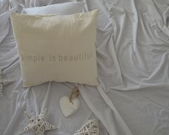 "Almohadon ""Simple is beautiful"""