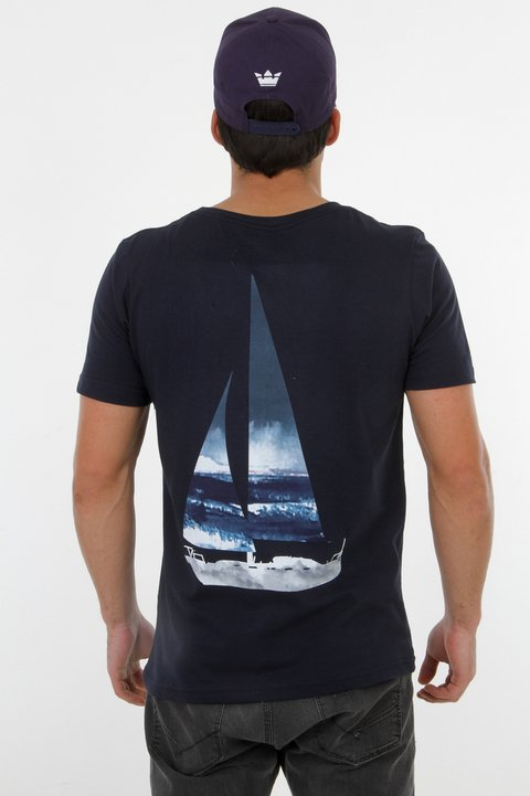 T-Shirt Sailing na internet