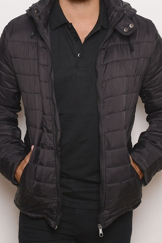 Campera Water Defense Uniqlo Negra