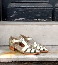 Silver metallic leather sandal