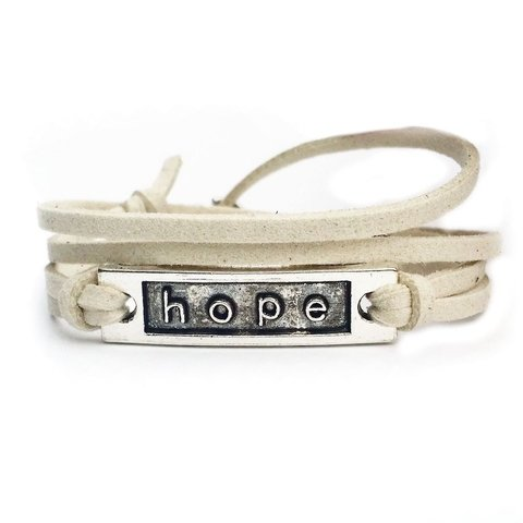 Pulseira placa Hope Creme