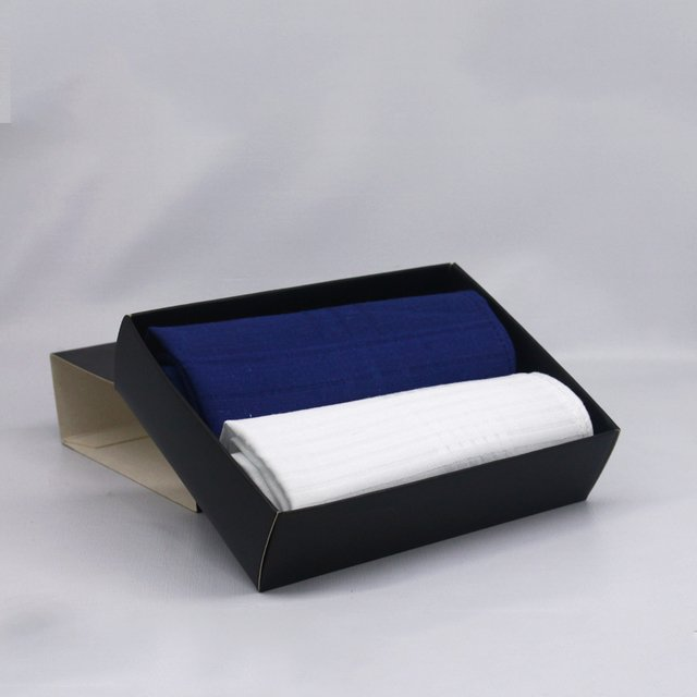 HANDKERCHIEF BOX X2 en internet