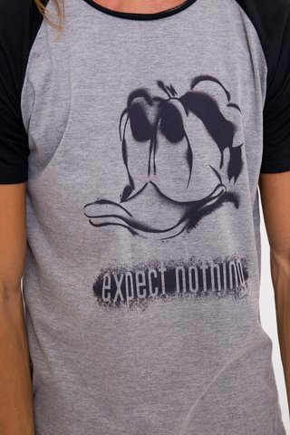 Remera Expect Nothing