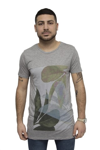 Remera estampada Art V181041