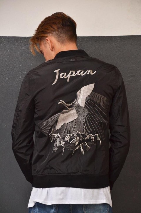 Campera Japan Art IM9S4