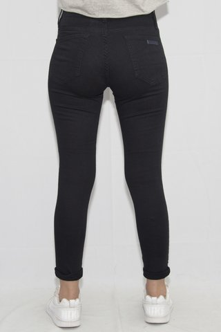 Jean Black Art R2849A en internet