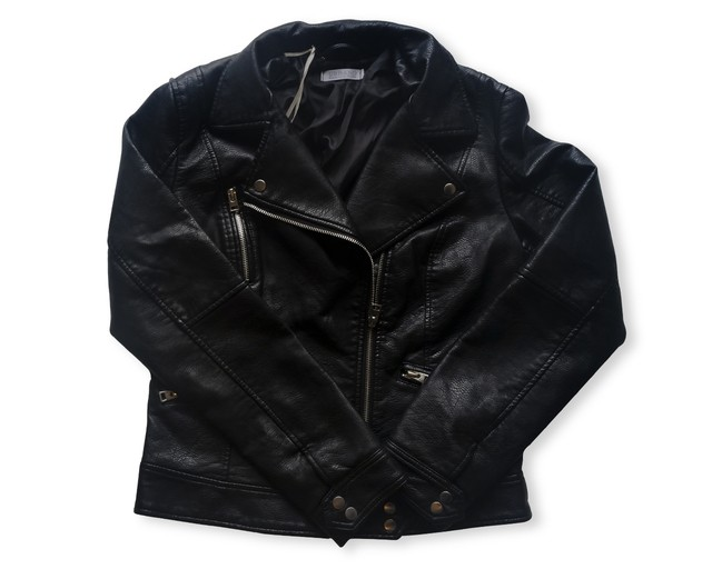 campera de simil cuero rock star