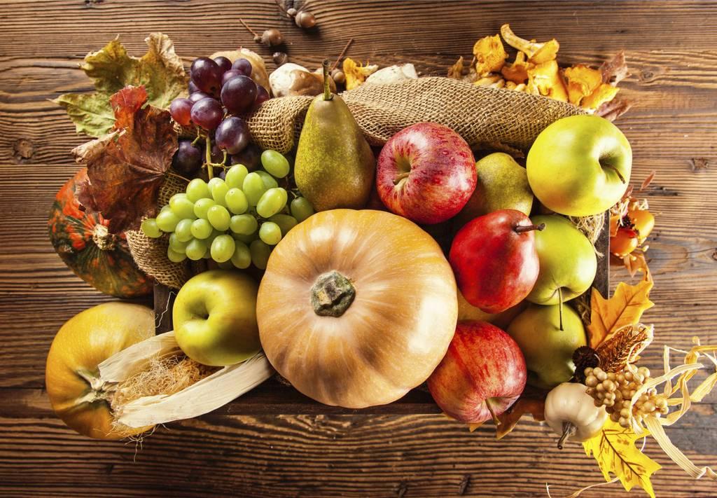 Combo N° 1 (Verduras, Manzanas Rojas, Peras y Yerba Mate)
