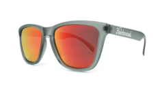 Óculos de Sol Knockaround Classics - Frosted Grey / Red Sunset - comprar online