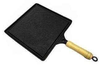 Bifeteira de ferro quadrada lisa 25cm