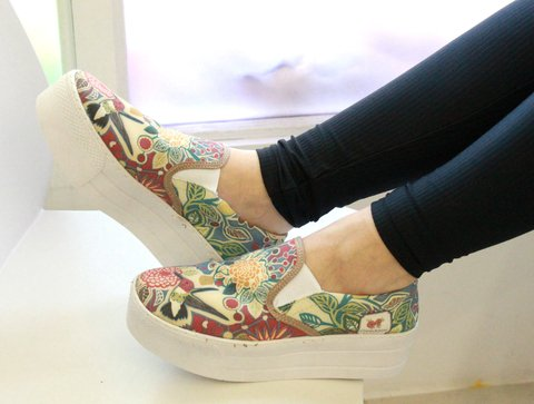 Panchas flores rojas - online store