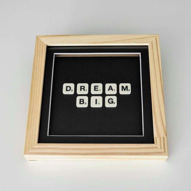 Cuadro Scrabble Dream big - comprar online