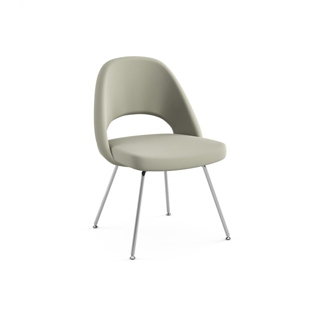 Silla Saarinen Executive Base Caño Personalizada