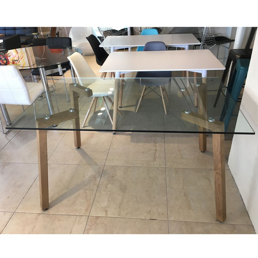 Mesa de comedor escandinava de vidrio 4 patas simil madera for Mesa vidrio