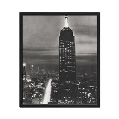 Empire State Building in Black and White en internet
