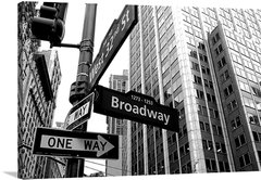 West 32nd St. and Broadway - comprar online