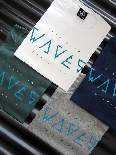 REMERA WAVES NIÑO - comprar online