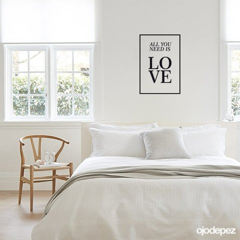 Vinilo decorativo Frase All you need is love todo lo que necesitas es amor. The Beatles.