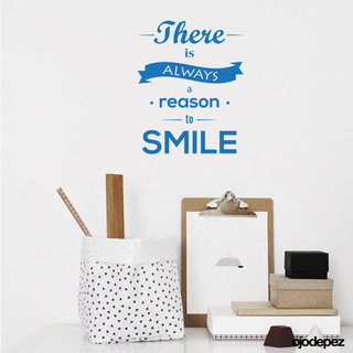 Pack 051 | There is always a reason to smile (Siempre hay una razón para sonreir)