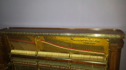 "Importante Piano Antiguo Vertical Americano ""MFD By WING & SON NEW YORK GRAND SCALE 1910"" - tienda online"