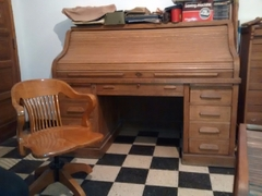 Escritorio Antiguo- Thompson-de Roble Eslavonia ,con Sillon