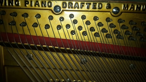 "Importante Piano Antiguo Vertical Americano ""MFD By WING & SON NEW YORK GRAND SCALE 1910"" - comprar online"