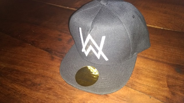 GORRA ALAN WALKER