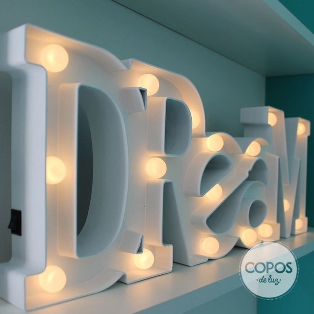 Dream • Cartel Luminoso en internet